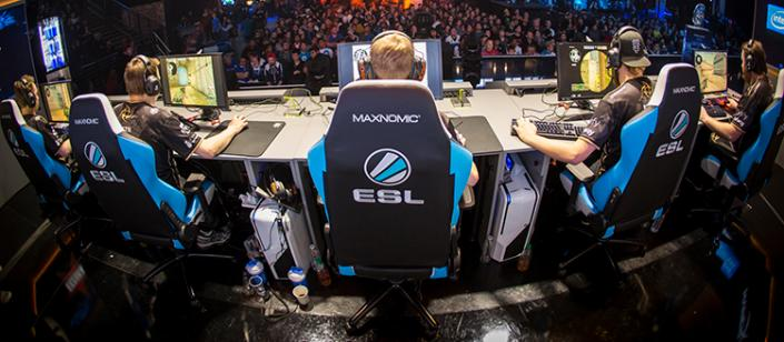 Take a look at NEEDforSEATu0027s MAXNOMIC gaming chairs behind the scenes at ESL America & Take a look at NEEDforSEATu0027s MAXNOMIC gaming chairs behind the ...